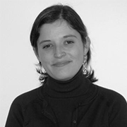 </p> <p><center>Beatriz Guimarães</center>