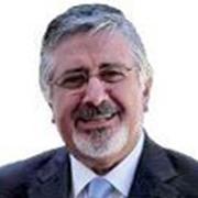 </p> <p><center>Carlos Loureiro</center>
