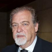 </p> <p><center>Mário Parra da Silva</center>